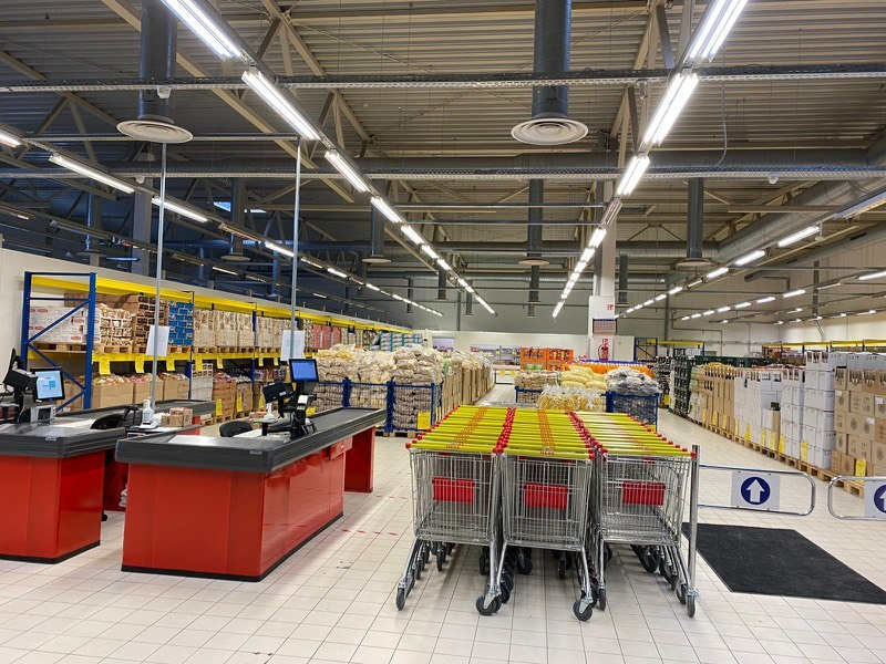 В Caldecott откроется российский супермаркет со скидкой