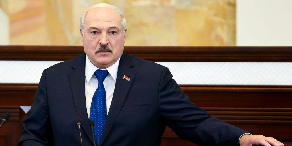Изоляция приближает Лукашенко из Беларуси к Путину