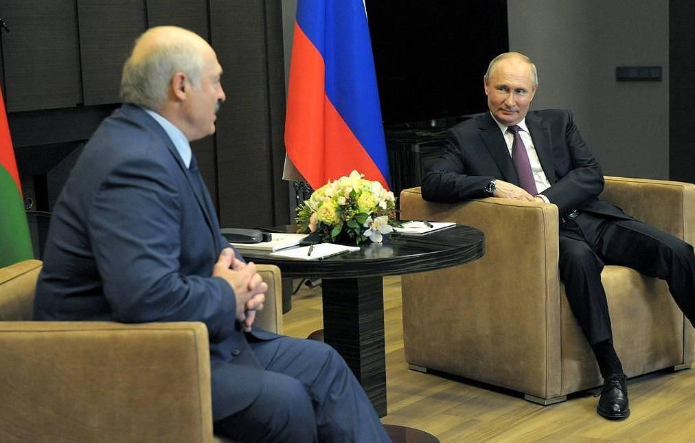 Путин и Лукашенко на переговорах сосредоточили внимание на экономике и эпидемии - Кремль - российская политика и дипломатия
