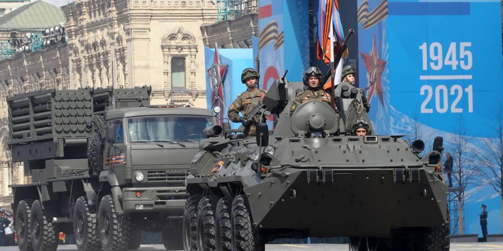 Путин оценивает военную мощь России как обострение напряженности в отношениях с Западом