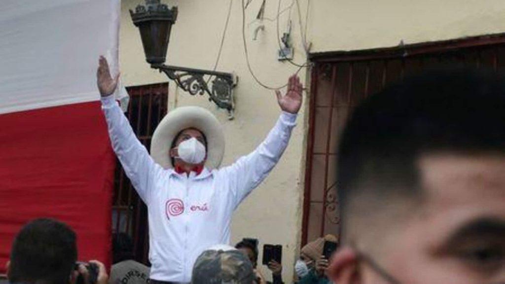 Главный кандидат в президенты Перу обещает ограничить добычу богатств, которые «грабят» иностранные компании