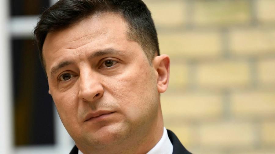 Зеленский рискует вызвать гнев Путина натиском на украинскую олигархию