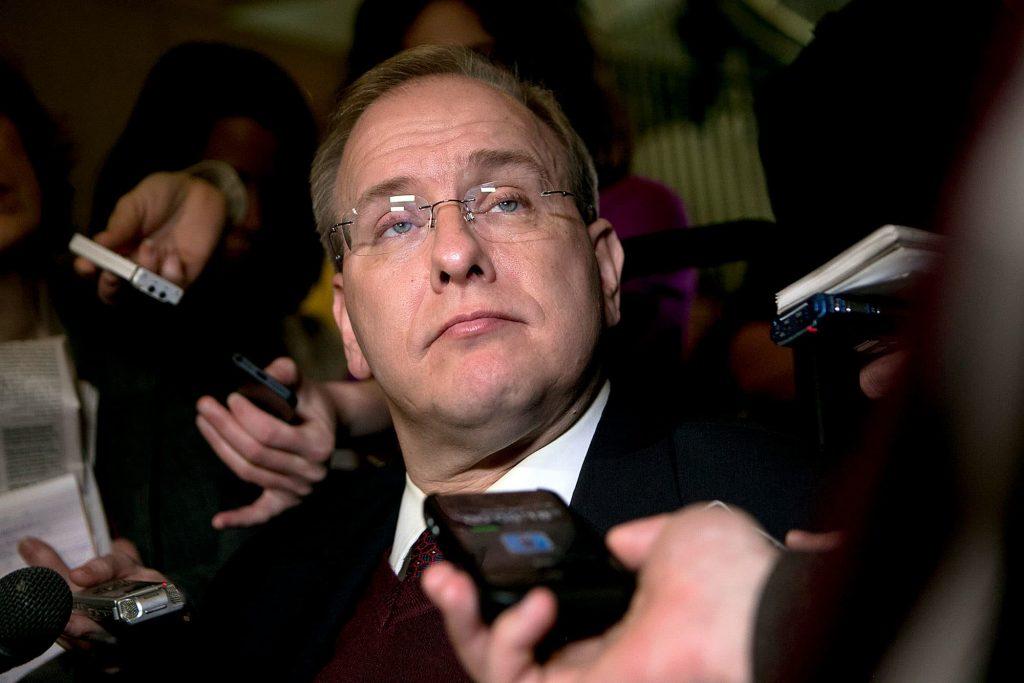 Конгрессмен заявил, что США необходимо усилить давление на виновных в недавних кибератаках.