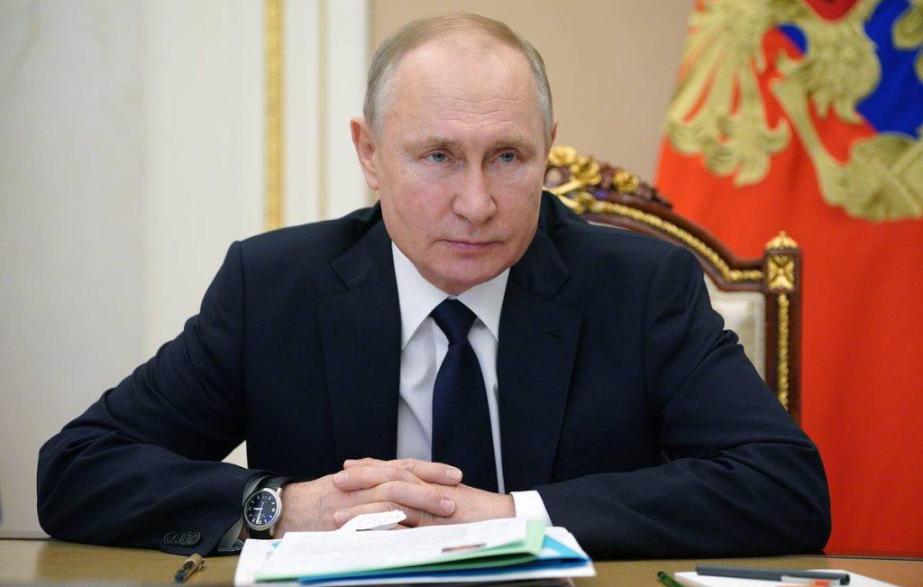 Российская экономика восстанавливается, но эпидемия еще не закончилась - Путин - Бизнес и экономика