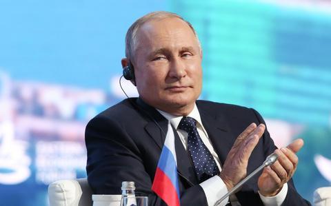 Звезды и полосы - Россия, США и другие страны достигли нового соглашения против взлома, даже если атаки продолжаются.