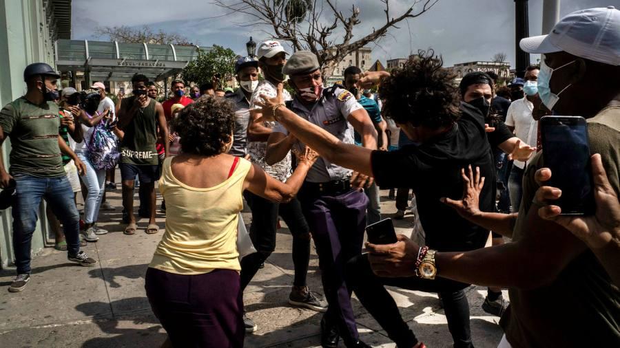 Кубе нужны свежие мысли, чтобы предотвратить дальнейшие протесты