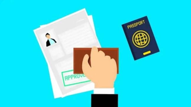 Полиция Дели арестовала двух поддельных визовых агентов и вернула 83 паспорта