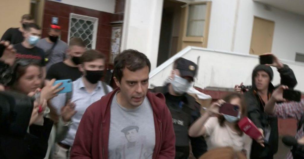 Россия объявляет, что редактор, вмешавшийся в распоряжение Навального, отравил разыскиваемого, сказал он.