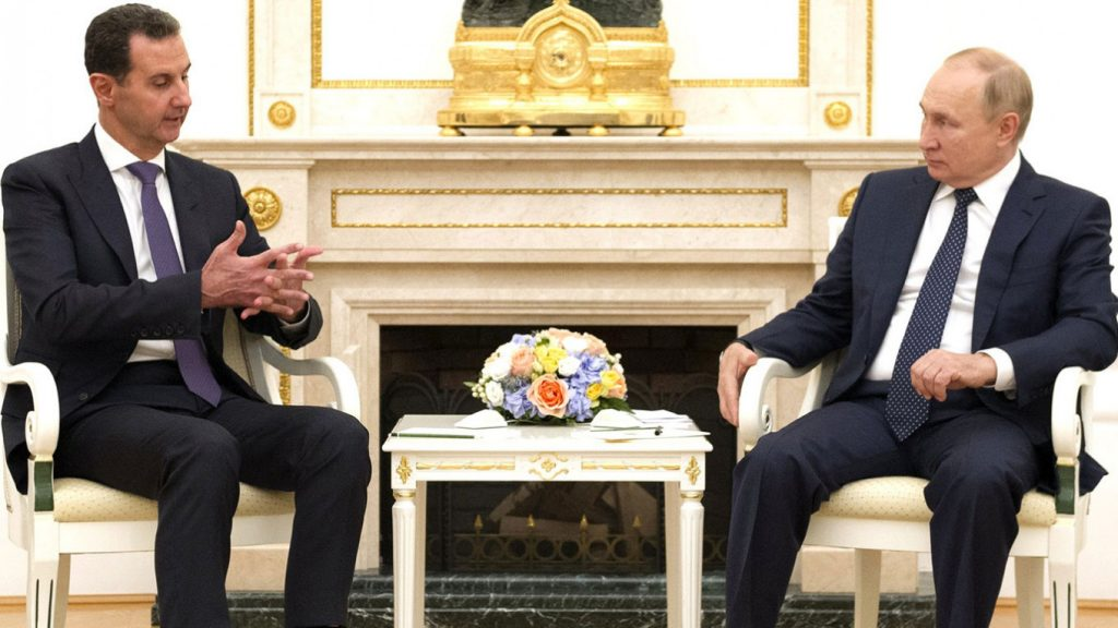 Сирийский Асад встречается с Путиным во время необъявленного визита в Россию