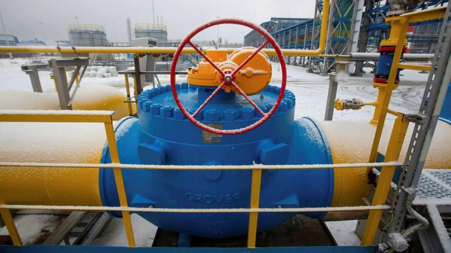 Рынки газа падают, акции восстанавливаются, поскольку инвесторы возражают против интервенции России