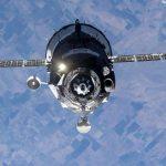 Российский космический корабль снова сбил космическую станцию